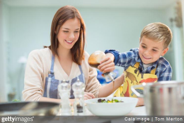 vinaigrette-sauce-salade-cuisine-astuces-plats-reduire-calories-cuisine-sante
